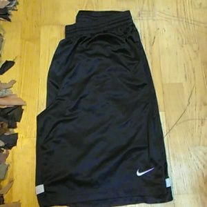 EUC Nike basketball shorts